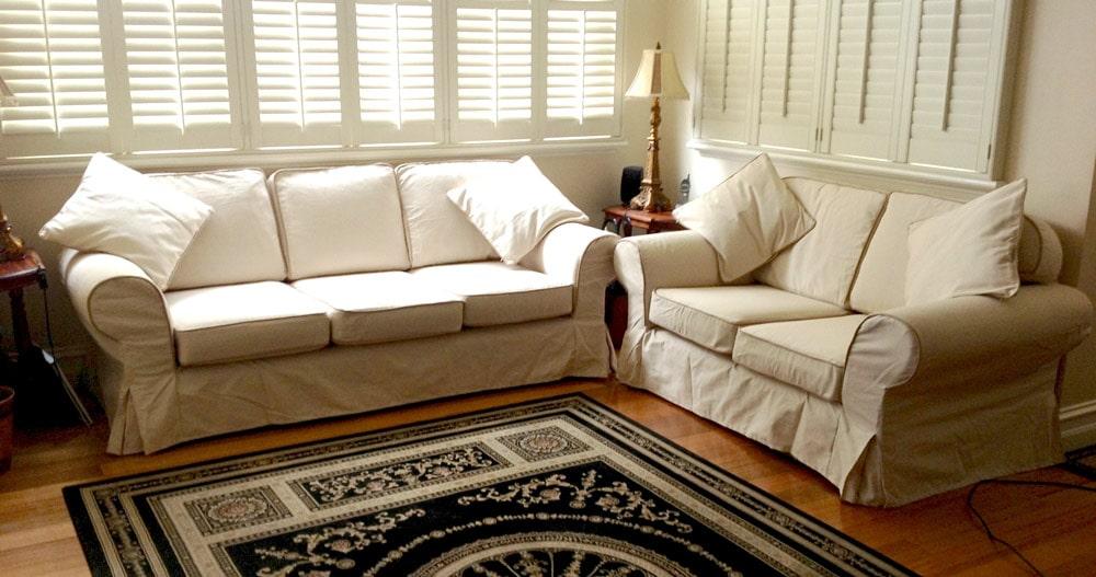 مبل لاوسیت (The Loveseat / Sofa)