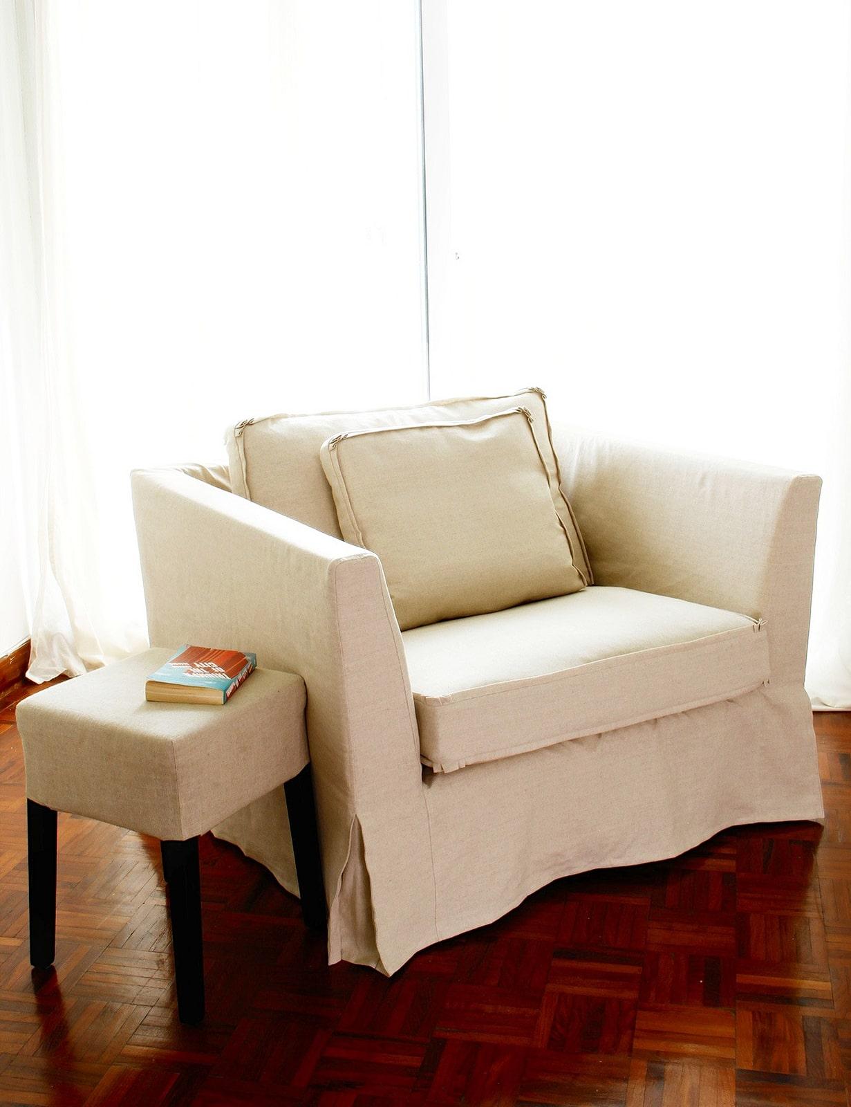 مبلمان رترو با بازوی مربعی (The Retro Square Arm Sofa)